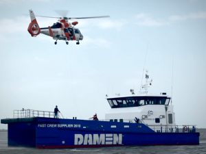 Damen Fast Crew Supplier 2610 reddingsdemonstratie